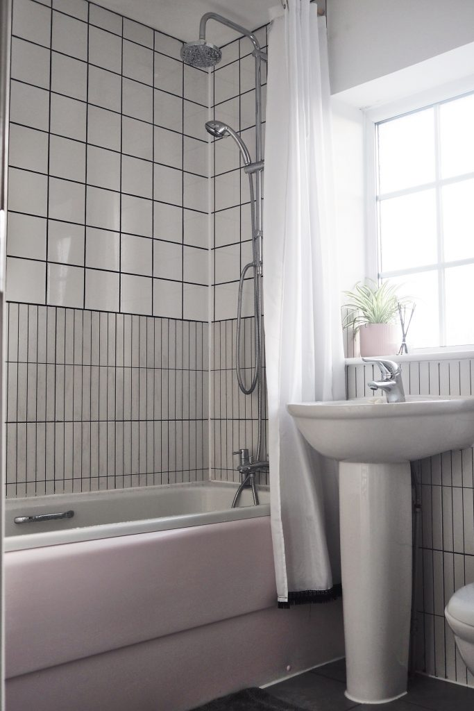 how to upcycle your bathroom for under £200